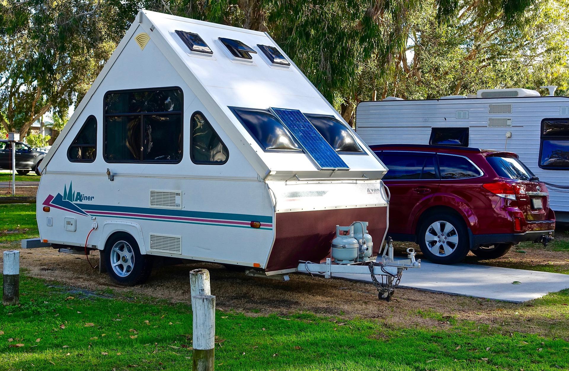 RV車 - 2019年のRVとキャンプ業界のトレンド